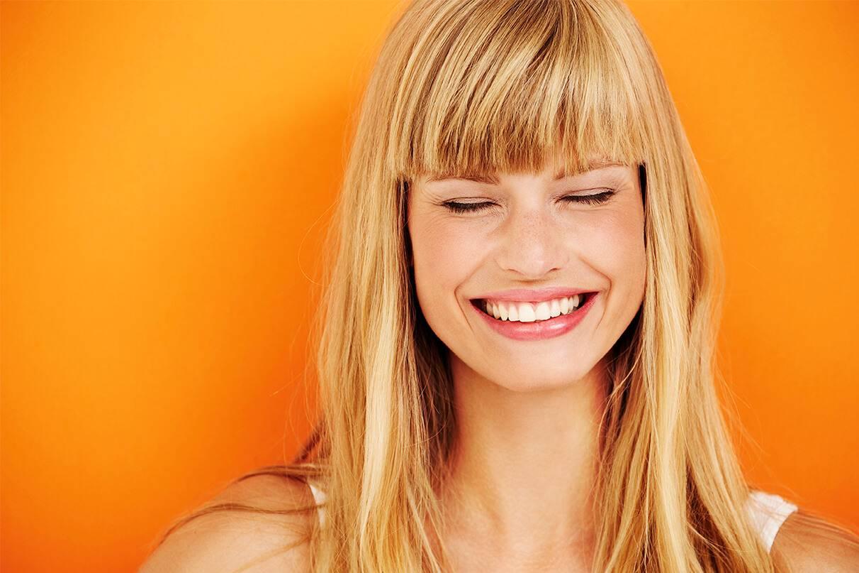 Hidratação caseira para cabelos loiros danificados: aprenda 5 receitas com mel