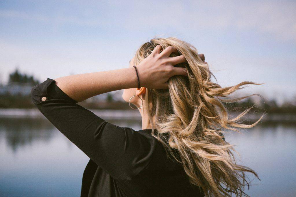 5 dicas para você saber se o seu cabelo precisa de recarga de queratina