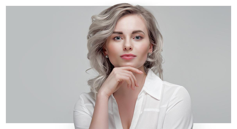 Como tirar o amarelado dos cabelos brancos ou platinados